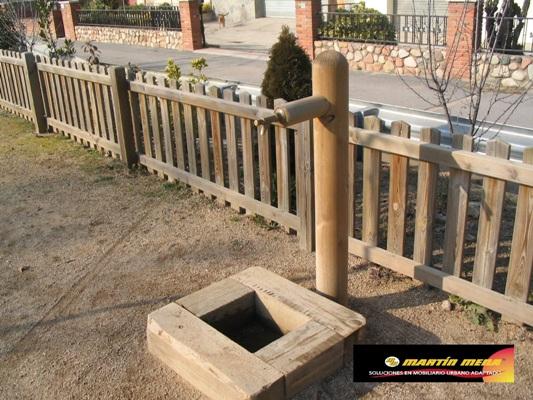 Fuente para beber de madera para ambientes rústicos