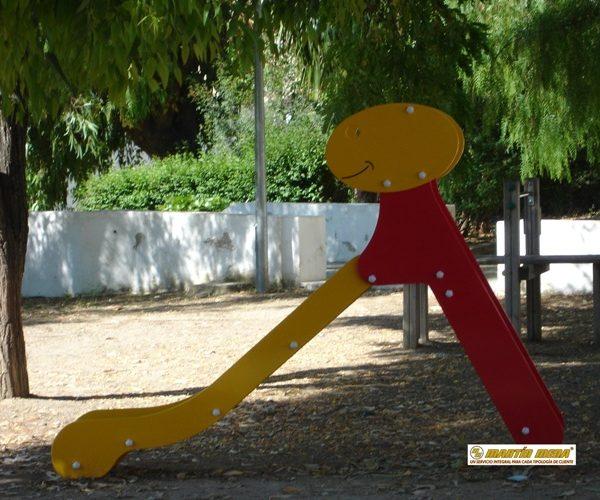 Tobogán inox. infantil. Moixent-Valencia