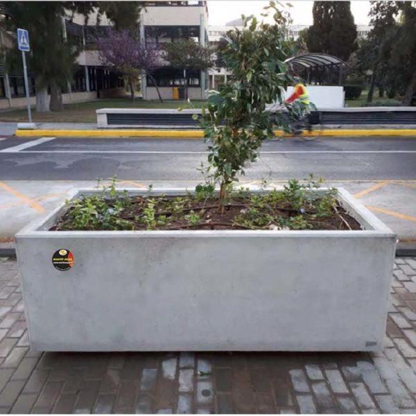 Jardinera hormigón CASTELLÓN de grandes dimensiones